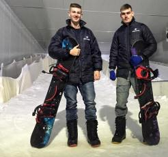 Learn to Snow BOARD WITH mARK AND kEENAN Di Brown